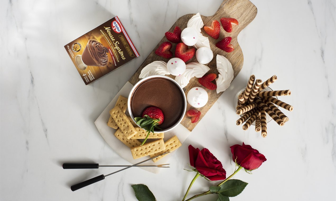 chocolate mousse valentines fondue for two