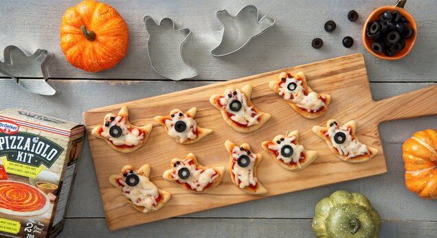 Boo! Mini Pizzas